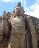 Aukana_Buddha