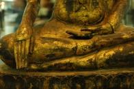 buddha touching the ground mudra