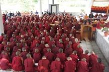 Tibetan-Buddhist-nuns debate