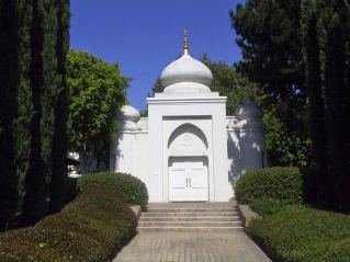 Vedanta Temple Hollywood