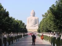 80-foot-Buddha-Statue