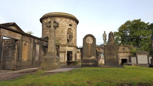 Hume Grave L